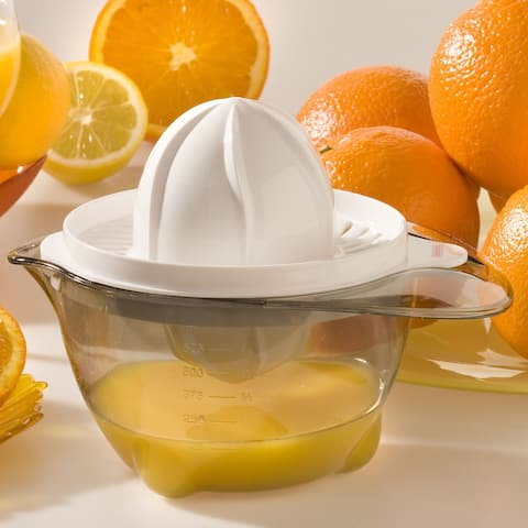 Leifheit Citrus Juicer with Removable Cup and Spout