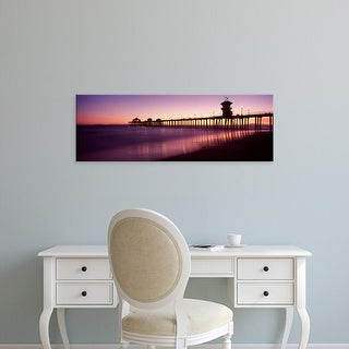 Easy Art Prints Panoramic Image 'Pier in the sea, Huntington Beach Pier, Orange County, California' Canvas Art