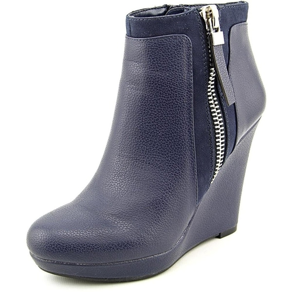 Bar III Womens TRIXIE Closed Toe Ankle Platform Boots