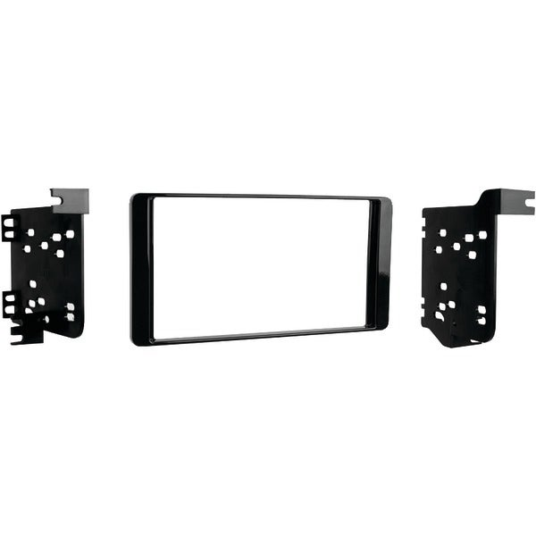 Metra 95-7015Chg 2014 & Up Mitsubishi(R) Outlander Double-Din Installation Kit