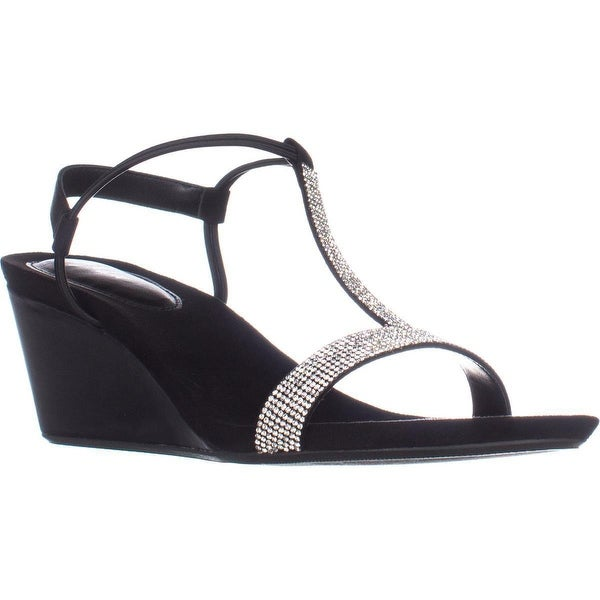 SC35 Mulan2 T-Strap Sandals, Black/Silver