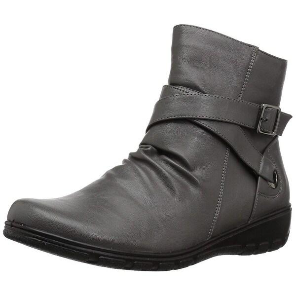 Easy Street Women's Questa Ankle Bootie