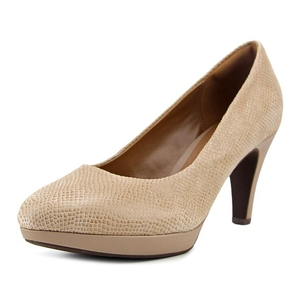 f0986f7f13e Shop Clarks Brier Dolly Women Sand Pumps - Free Shipping On Orders ...