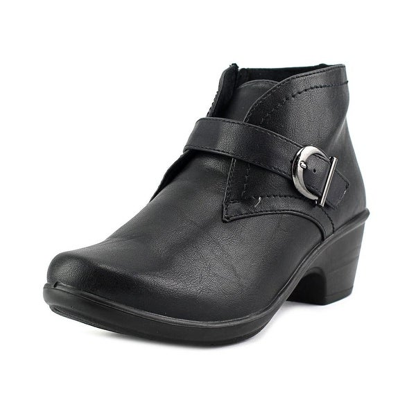 Easy Street Banks Women Black Boots