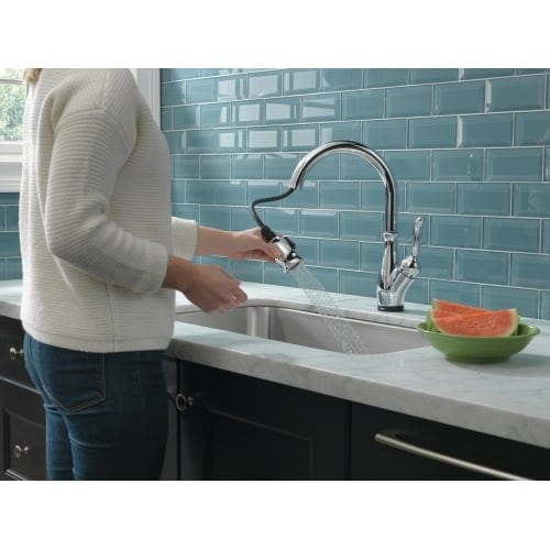 Delta 9178T Leland Pull Down Kitchen Faucet With On/Off Touch Activation,  Magnetic Docking Spray Head, And Optional Base Plate     Free Shipping  Today ...