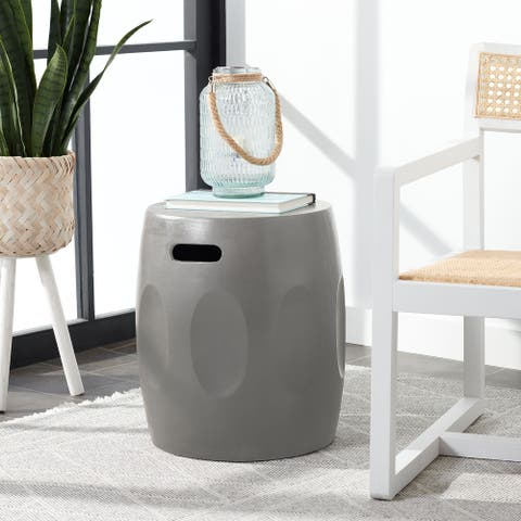 "Safavieh Zuri Concrete Indoor/ Outdoor Accent Table (Dark Grey) - 15.7""x15.7""x17.7"""