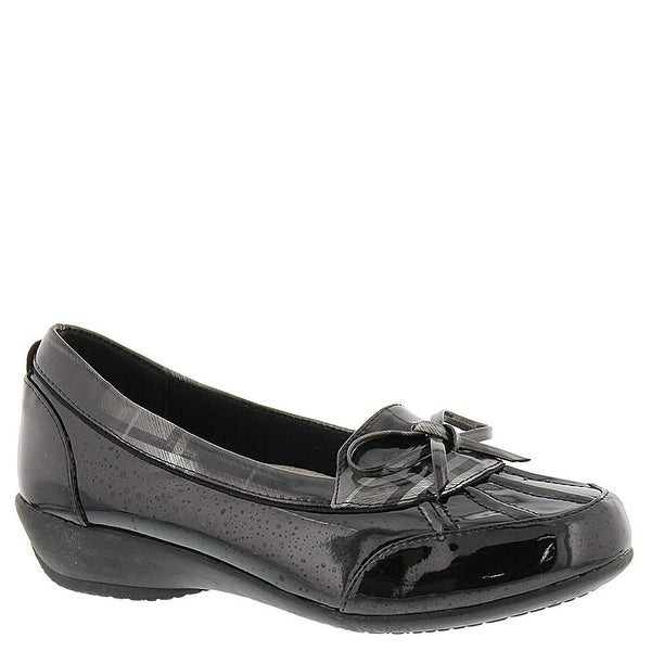 Beacon Womens Rainy Closed Toe Loafers - 9