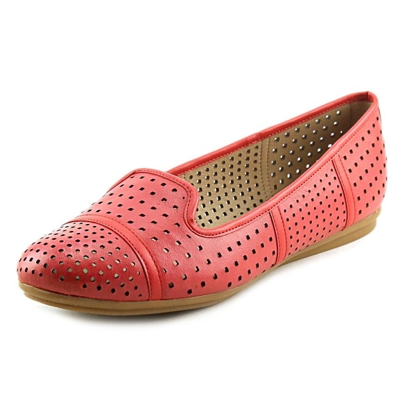 Easy Spirit e360 Gracen Round Toe Leather Flats