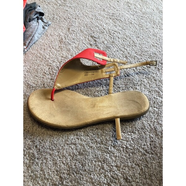 Shop Women s Aerosoles Chlose Friend Thong Sandal Red Faux Leather - Free  Shipping On Orders Over  45 - Overstock.com - 21691729 bc87636f62