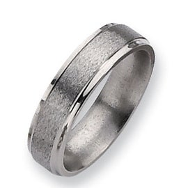 Chisel Ridged Edge Satin and Polished Titanium Ring (6.0 mm)