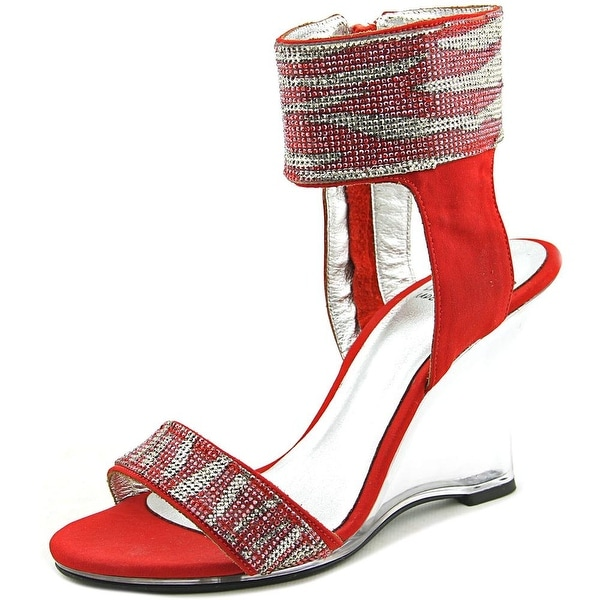 Love and Liberty Michelle Women Red Sandals