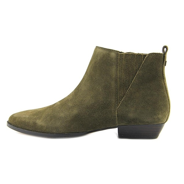 Ivanka Trump Womens Avali Pointed Toe Ankle Chelsea Boots