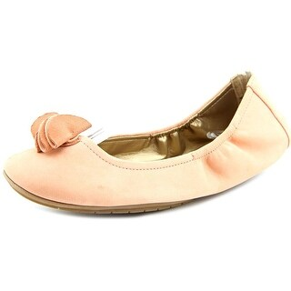 Me Too Lexi Women Round Toe Suede Flats