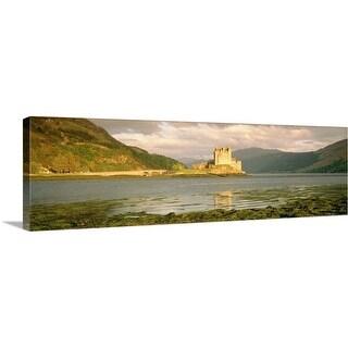 """Eilean Donan Castle Highlands Scotland"" Canvas Wall Art"