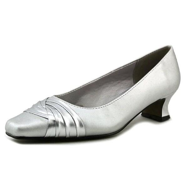Easy Street Tidal Round Toe Canvas Heels