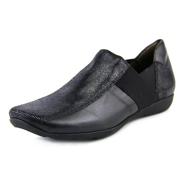 Sesto Meucci Graham Women Round Toe Leather Loafer