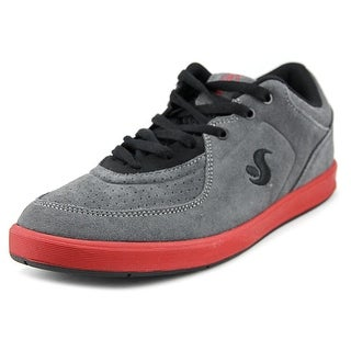 DVS Endeavor Round Toe Leather Sneakers