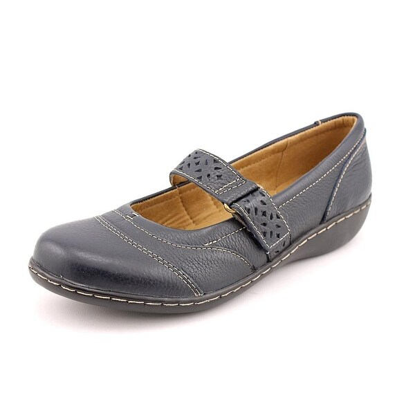 Clarks Ashland Lux Round Toe Leather Mary Janes