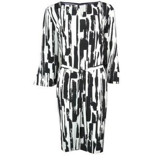Tahari Women's Belted Scoop Neck Keyhole Crepe Dress - 6
