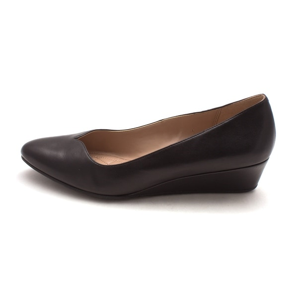 8e8c387baa Shop Cole Haan Womens 15A4211 Closed Toe Wedge Pumps - Free Shipping ...