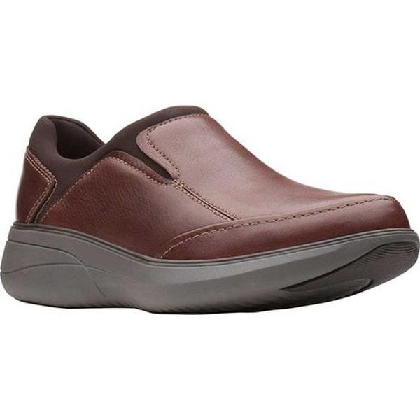 571948b44 Shop Clarks Men s Un Rise Step Slip-On Mahogany Tumbled Leather ...