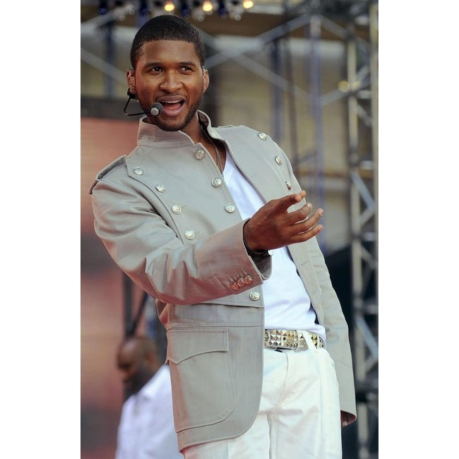 Shop Usher On Stage For Abc Gma Concert With Usher Bryant Park New York Ny May 30 2008 Photo By Kristin Callahaneverett Collection Ce Overstock 24375754