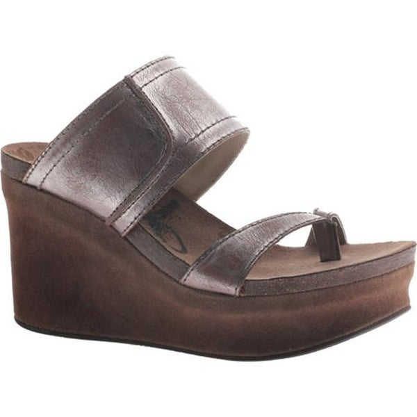 5aceb2784197 Shop OTBT Women s Brookfield Pewter Leather - Free Shipping Today -  Overstock - 11347545