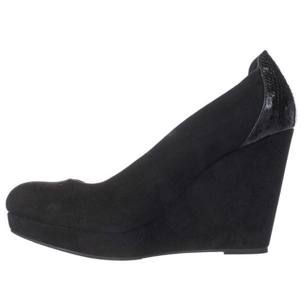 Thalia Sodi Womens Miaa Closed Toe Wedge Pumps, Black SNAKE, Size 8.0