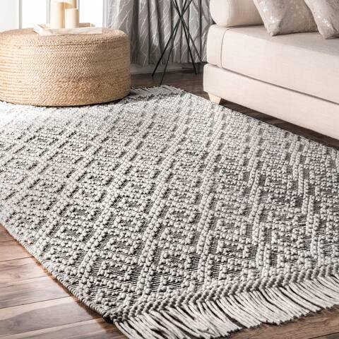 nuLOOM Contemporary Handmade Flatweave Dot Trellis Argyle Tassel Area Rug