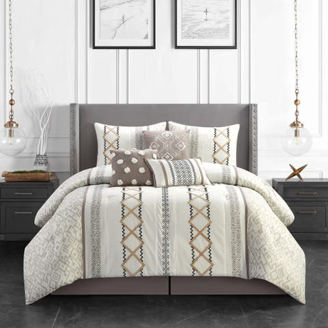 Grand Avenue Trina 7-Piece Comforter Set