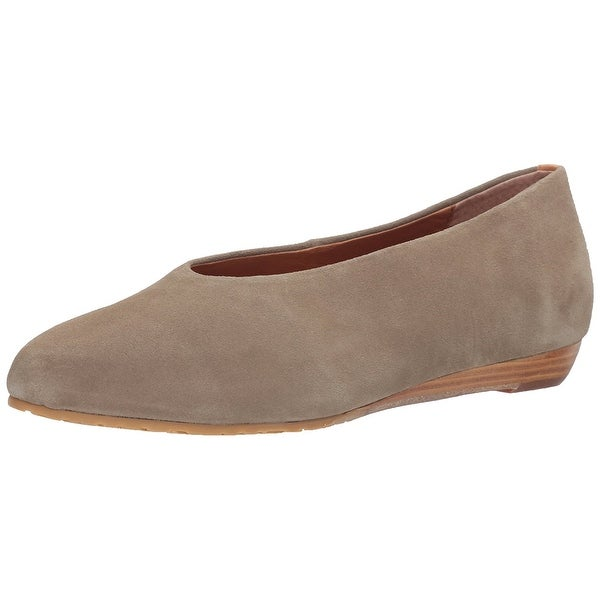 Gentle Souls by Kenneth Cole Women's Neptune Low Wedge Pump with Round Toe Su... - 8