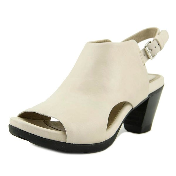 Bussola Laura Off White Pumps