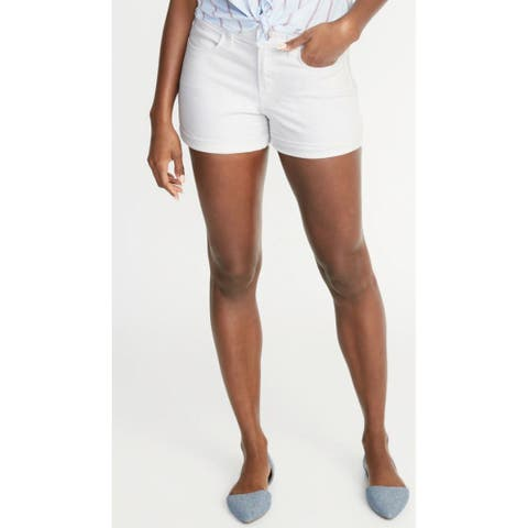 Time and Tru Women's Mid Rise Denim Shorts, White, 10