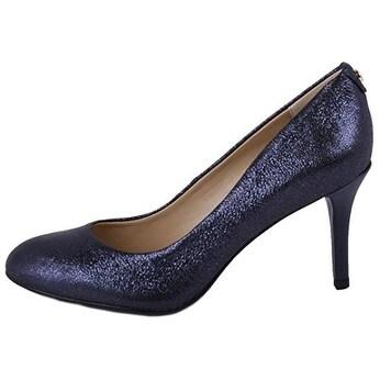 b9f08d3d786 Michael Kors Womens Flex Leather Closed Toe Classic Pumps