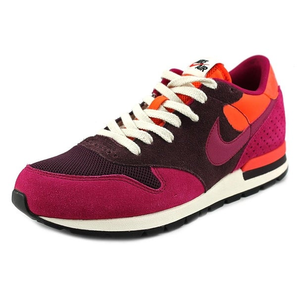 Nike Epic QS Women D Round Toe Suede Sneakers