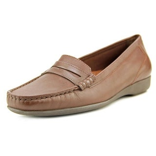 Walking Cradles Traveler-2 WW Round Toe Leather Loafer