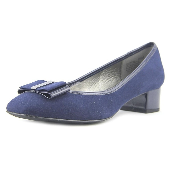 Bandolino Ximena Navy Pumps