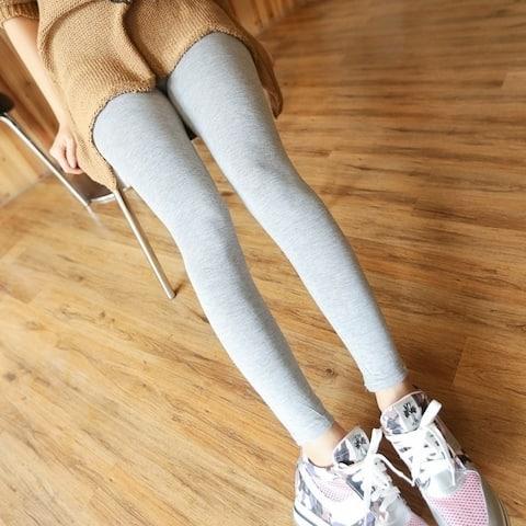 Women Wearing Leggings