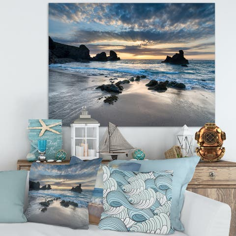 Designart 'Beautiful Porthcothan Bay' Modern Seashore Canvas Wall Art Print - Blue