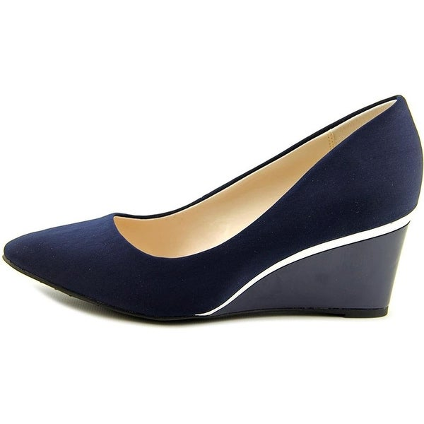 Alfani Womens Nadeen Closed Toe Wedge Pumps