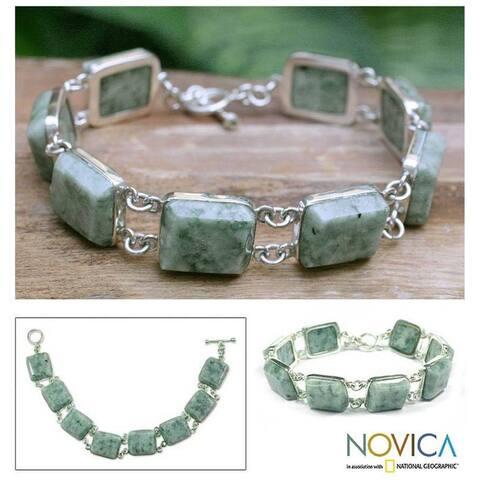 Sterling Silver 'Maya Treasure' Jade Link Bracelet (Guatemala)