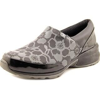 Akesso Helia Round Toe Leather Nursing & Medical Shoe