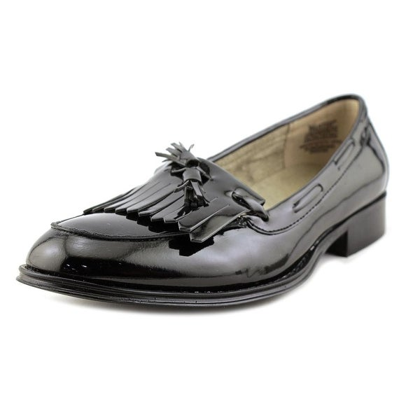 Wanted Charlie Women Round Toe Patent Leather Loafer