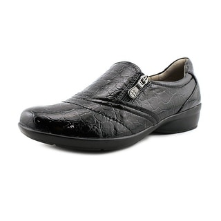 Naturalizer Clarissa   Round Toe Leather  Loafer