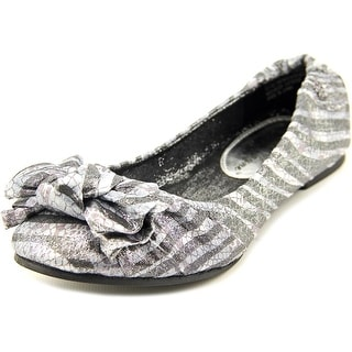 Sarah Jayne Cindy Youth Round Toe Canvas Silver Ballet Flats