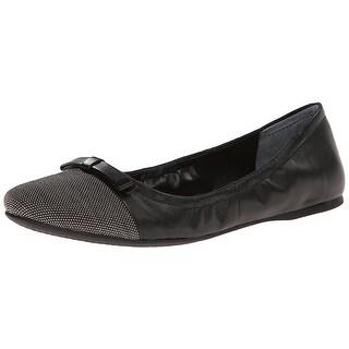 Franco Sarto Womens CENTARA Leather Cap Toe Ballet Flats