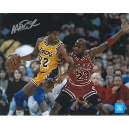 Magic Johnson signed Los Angeles Lakers 8X10 Photo vs Jordan