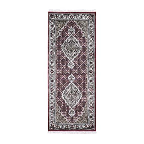 "Shahbanu Rugs Tabriz Mahi Wool & Silk Runner Handmade Rug(2'8""x6'10"") - 2'8"" x 6'10"""