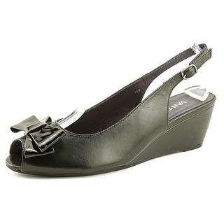 Vaneli Wendie W Open-Toe Leather Slingback Sandal