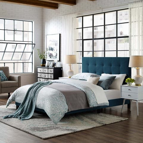 Copper Grove Bienhoa Queen Button-tufted Upholstered Platform Bed